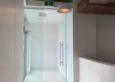 R-L-Electric-Kensington-Dental-ClinicIMG_9630